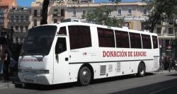 Madrid cedió casi dos millones de euros en material a Cruz Roja al adjudicarle las donaciones de sangre
