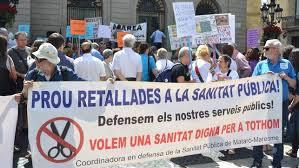 La Marea Blanca de Catalunya lleva sus exigencias a los nuevos responsables de Salud