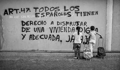 """Un estudio de Cáritas revela que """"la pobreza se hereda en España"""""""