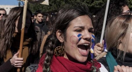 Por qué mujeres de todo el mundo planean hacer huelga el 8 de Marzo