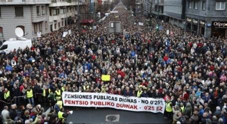 Feministas y pensionistas toman las calles vascas y conmueven al resto del Estado