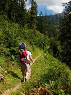 Auf dem Weg zu den Wilden Fräulein in Hinterstein