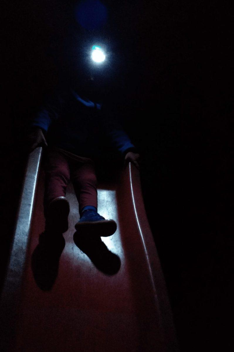 Night-Session on playground oder Nachts auf dem Spielplatz