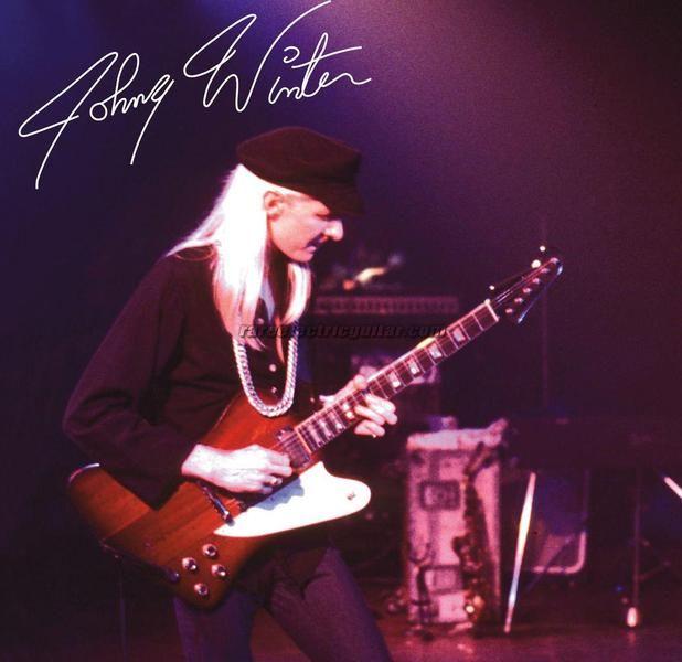 Johnny Winter med sin favoritgitarr fångad sannolikt 1979 men inte på Music Palais.