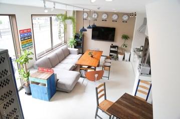 Entrance-shared-room2