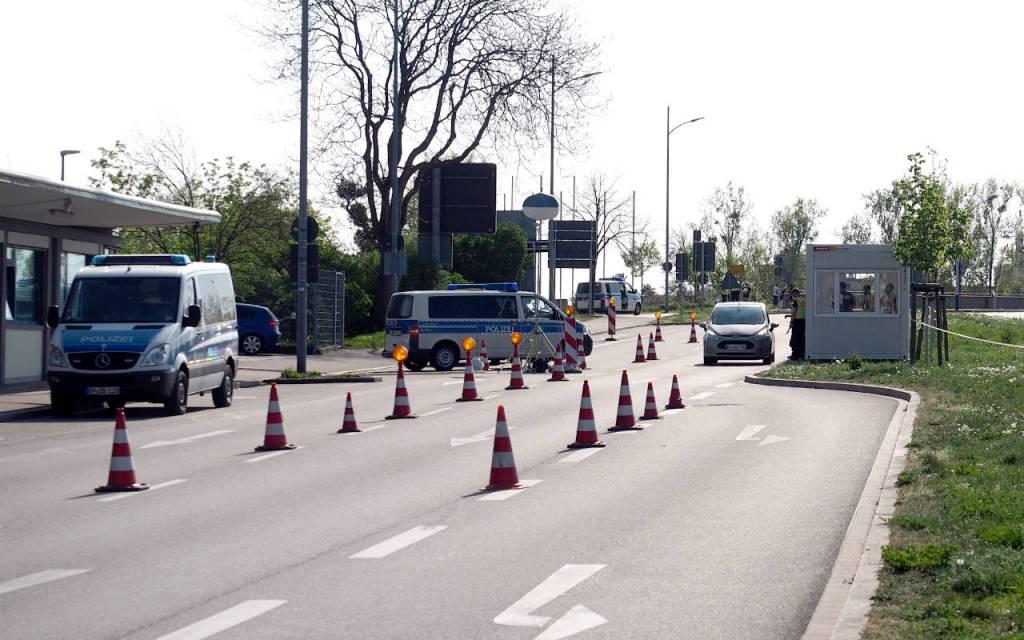 ドイツ・フランス国境の検問(ドイツ側)、ケール、2020.04011. © Matsuda Masahiro