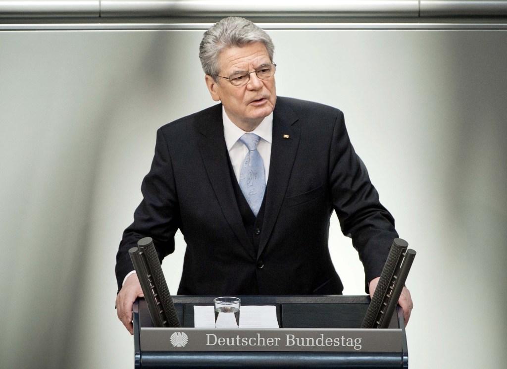 連邦議会で就任演説するガウク新大統領 © Bundesregierung / Jesco Denzel