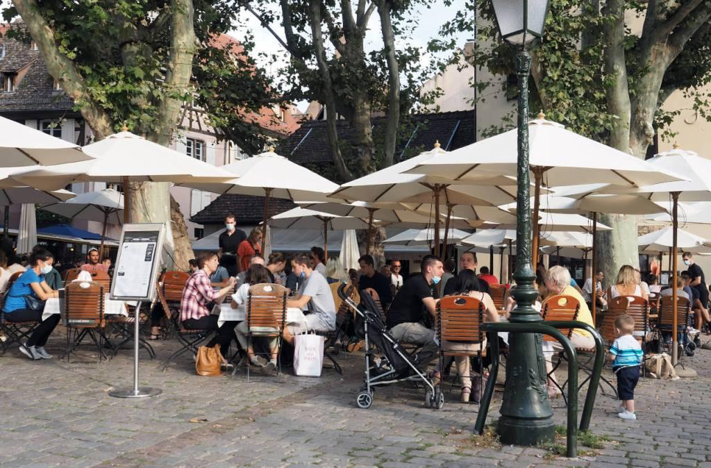フランス・ストラスブールのオープンカフェ、2020.09.19 © Matsuda Masahiro