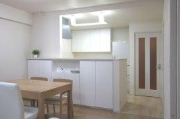 マンションリフォーム:既存のキッチンを再利用した対面スタイル