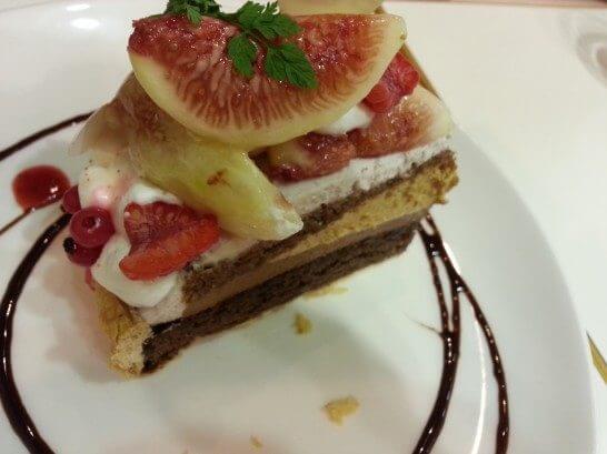 フラッグスカフェのケーキ-2