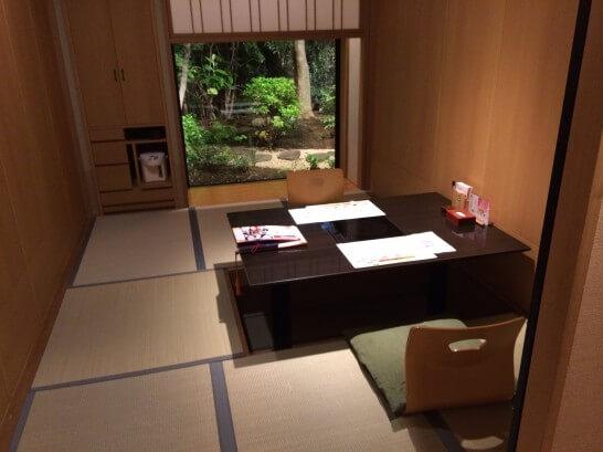 梅の花の個室(和室)