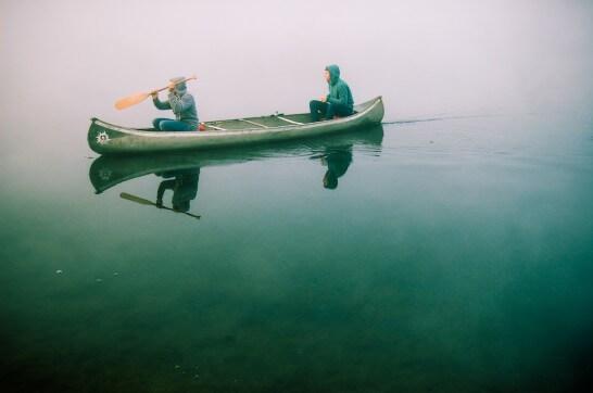 霧の中のボート