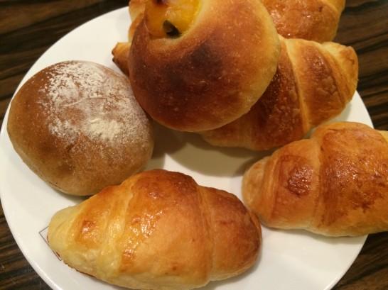 ルミネのバケットのパン