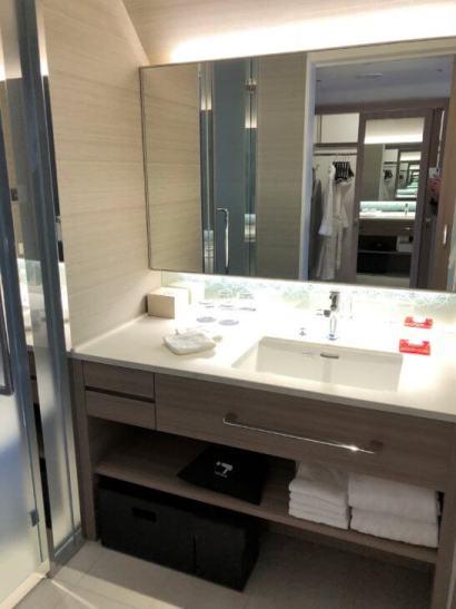 シェラトン都ホテル東京のエグゼクティブ・ルームの洗面台