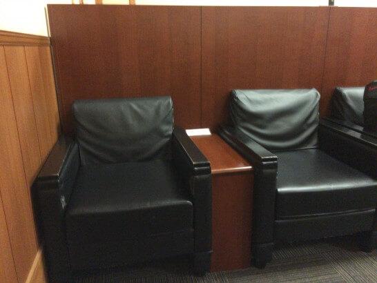 IASS EXECUTIVE LOUNGE 2の椅子