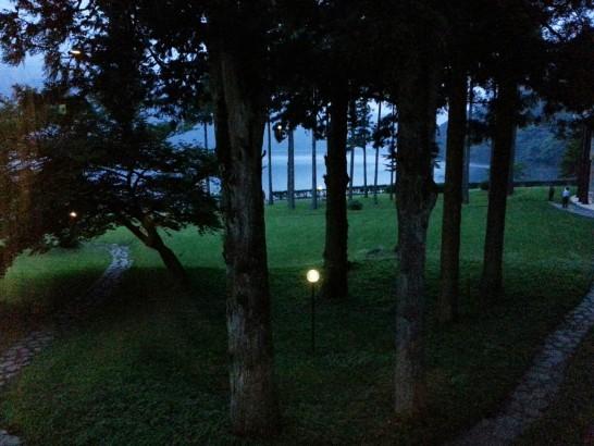 夜の芦ノ湖