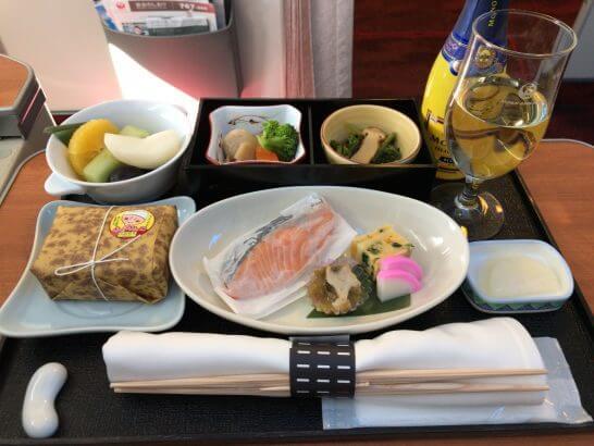 JALファーストクラスの朝食