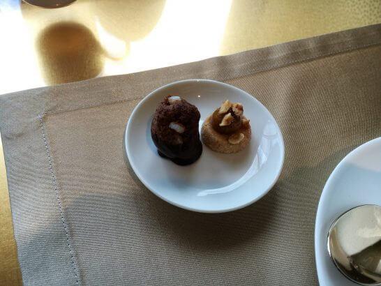 アルマーニリストランテの小菓子