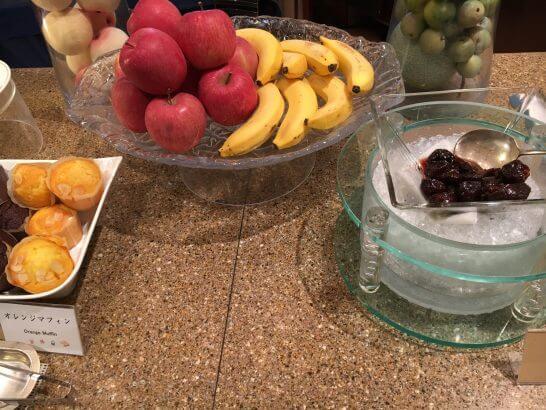ロイヤルパークホテルの朝食 (果物2)