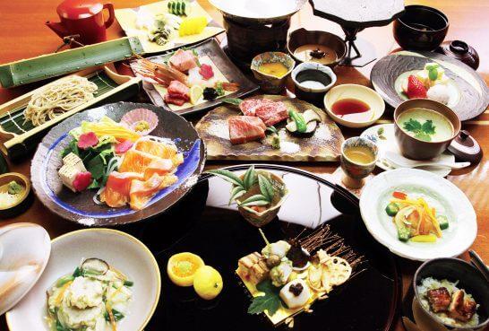 温泉旅館の食事イメージ