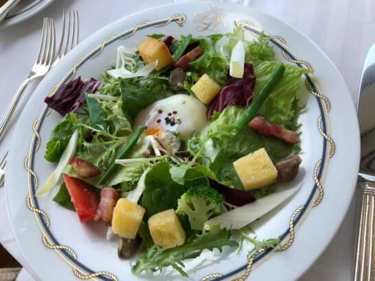 ホテルニューグランドのル・ノルマンディのサラダ