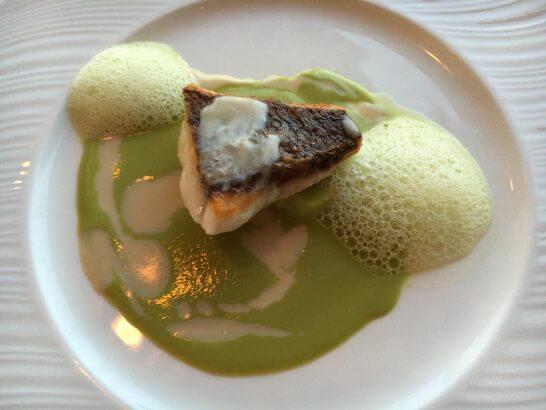 帝国ホテル大阪のレ・セゾンの魚料理