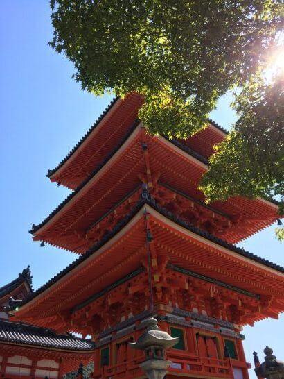 京都の清水寺の敷地