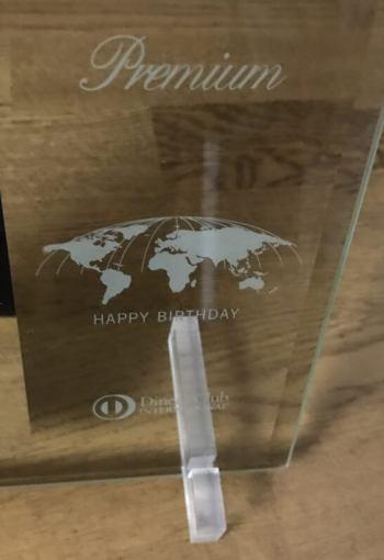 ダイナースクラブ プレミアムカードの誕生日プレゼント(特製フォトフレーム) のダイナースプレミアムの装飾