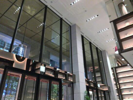 フレンチビストロ「ル ドール」の店内(天井の高さ)