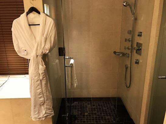 セントレジスホテル大阪のシャワールーム