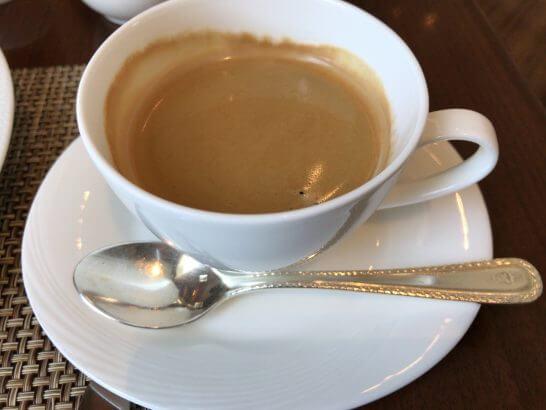 セントレジスホテル大阪の朝食のホットコーヒー