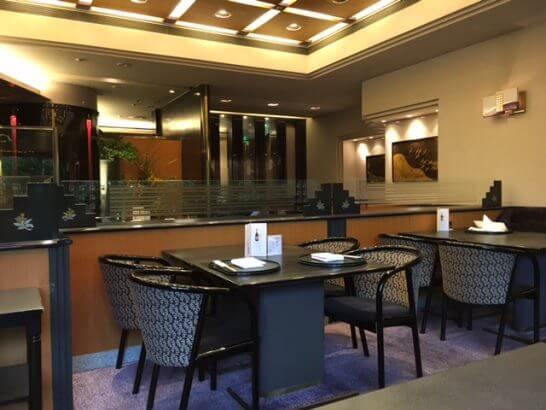 ホテルニューオータニ幕張 千羽鶴のテーブル