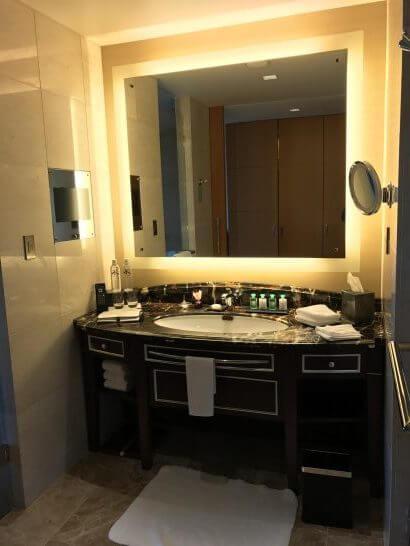 シャングリ・ラ ホテル 東京のバスルーム
