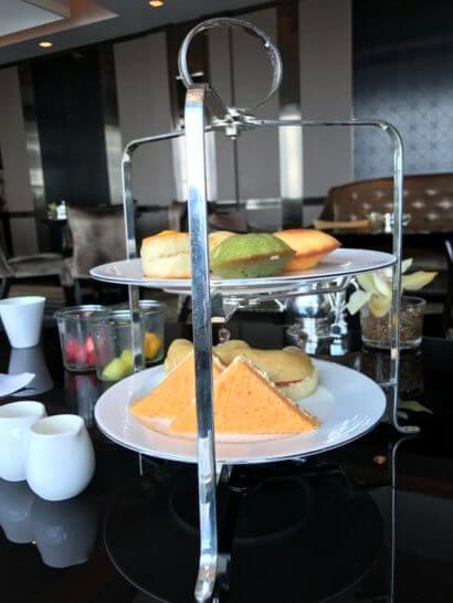 シャングリ・ラ ホテル東京のホライゾンクラブラウンジのアフタヌーンティーセット
