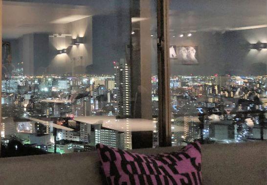 東京マリオットホテルのエグゼクティブラウンジの夜景