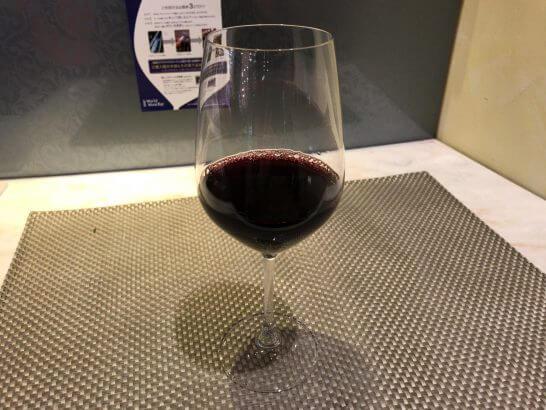 ラグジュアリーカードの特典でもらったワイン