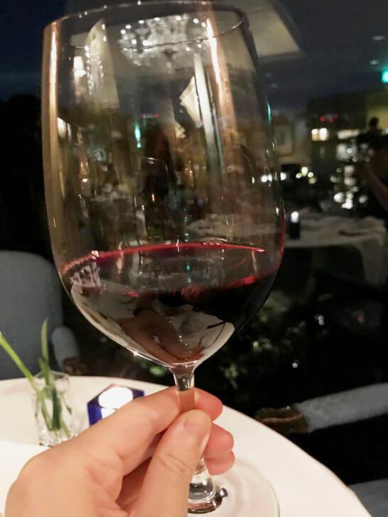 椿山荘のイル・テアトロの赤ワイン