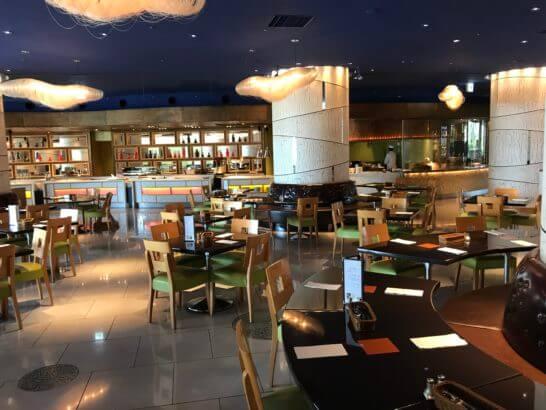 ヒルトン東京ベイの朝食会場(フォレストガーデン)
