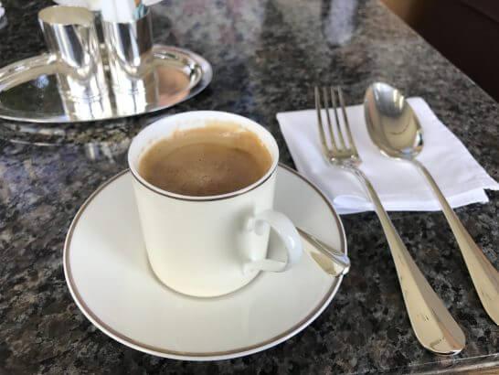 パークハイアット東京のピーク ラウンジのコーヒー