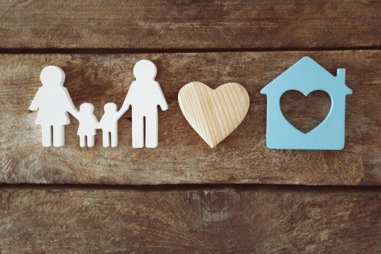 家族・家・安心のイラスト