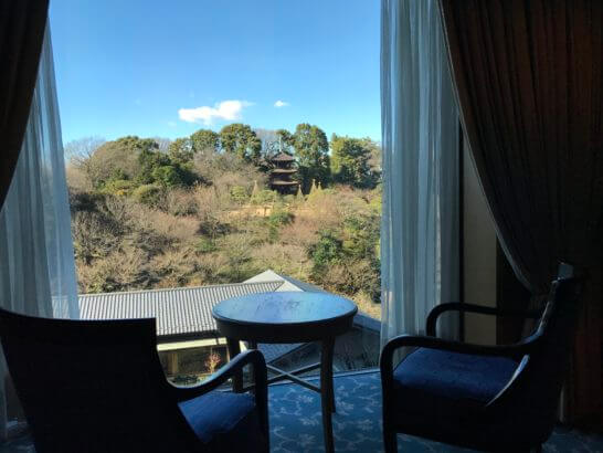 椿山荘の廊下
