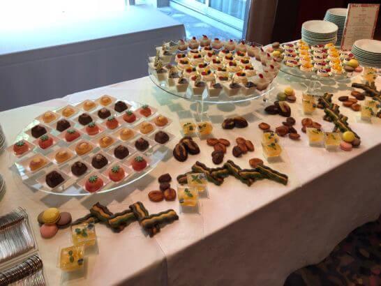 ダイナースクラブ フランスレストランウィーク 2018のレセプションのデザート