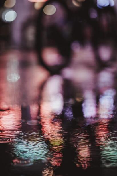 雨の滴のイメージ