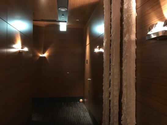 ザ・スパ・アット・マンダリン・オリエンタル・東京の廊下