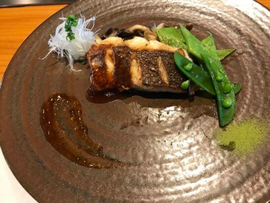 帝国ホテル東京の嘉門の魚料理