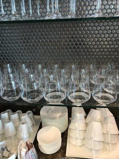 ザ・プリンスギャラリー 東京紀尾井町のクラブラウンジのグラス類