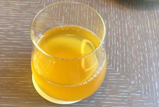 ダイナースクラブ 銀座プレミアムラウンジのの緑茶