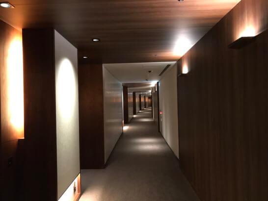 アンダーズ東京の廊下