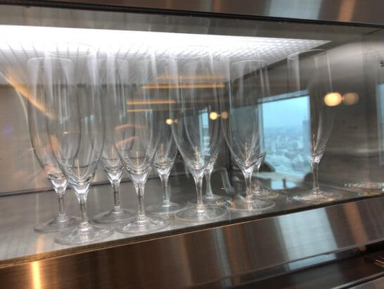 ザ・プリンスギャラリー 東京紀尾井町のクラブラウンジのグラス