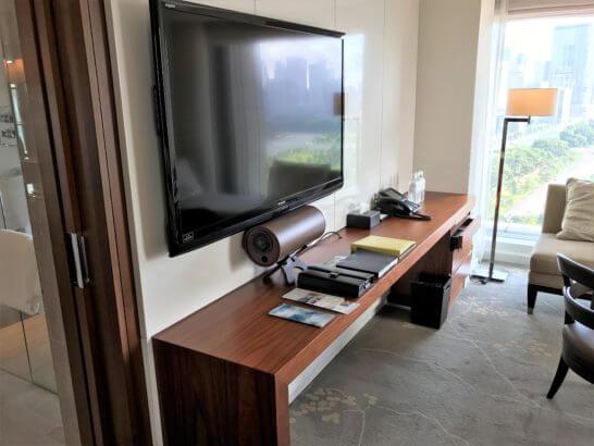 パレスホテル東京のテレビ